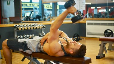 SINGLE ARM TRICEP EXTENSION WITH DUMBBELL